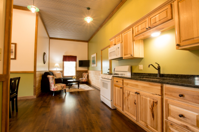 Abner's Retreat Kitchen Living Room B